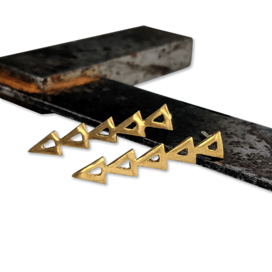 Warrior Studs - Queens Metal
