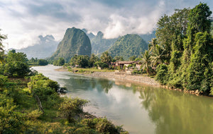 Trip to the White Temple, Longneck Village and Laos - Full Day Tour