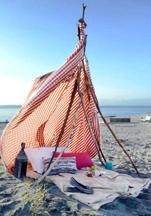 Nautical DIY: Summertime Beach Tent