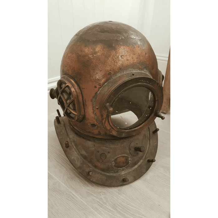 Authentic-Diver's Helmet