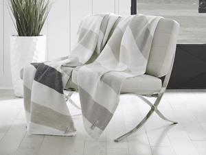 Walker's Point Cotton & Linen Day Blanket - Two Colorways Throw