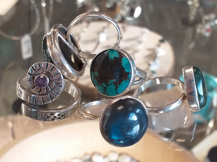 sterling silver stone set rings