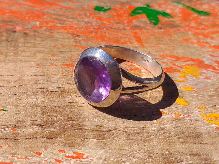 Sterling Amethyst Ring 10mm Round Size 6