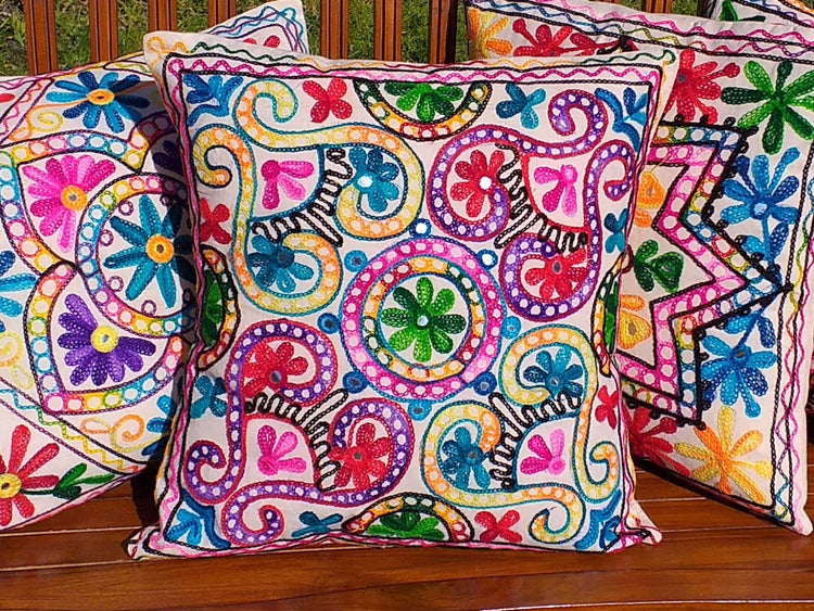 Jivant Cushion Cover