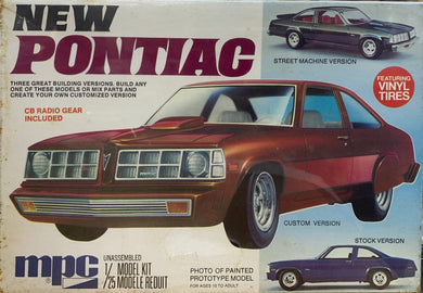 New Pontiac Ventura 1/25  1976 Issue **LAST ONE**