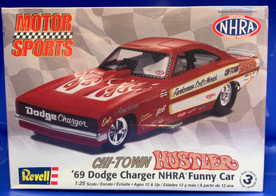 Chi-Town Hustler '69 Dodge Charger NHRA Funny Car 1/25 2010 Issue