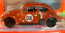 Load image into Gallery viewer, Volkswagen 1966 Beetle 1/64 Series 8 (3)