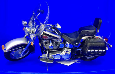 1989 Harley Davidson Heritage SofTail Classic  1/10 Scale