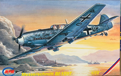 Messerschmitt Bf 109T 1/72  1995 Issue
