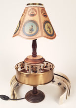 Load image into Gallery viewer, Praxinoscope Lamp Replica