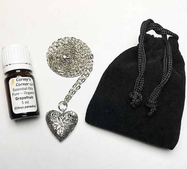 AROMTHERAPY HEART DIFFUSER + OIL NECKLACE SET