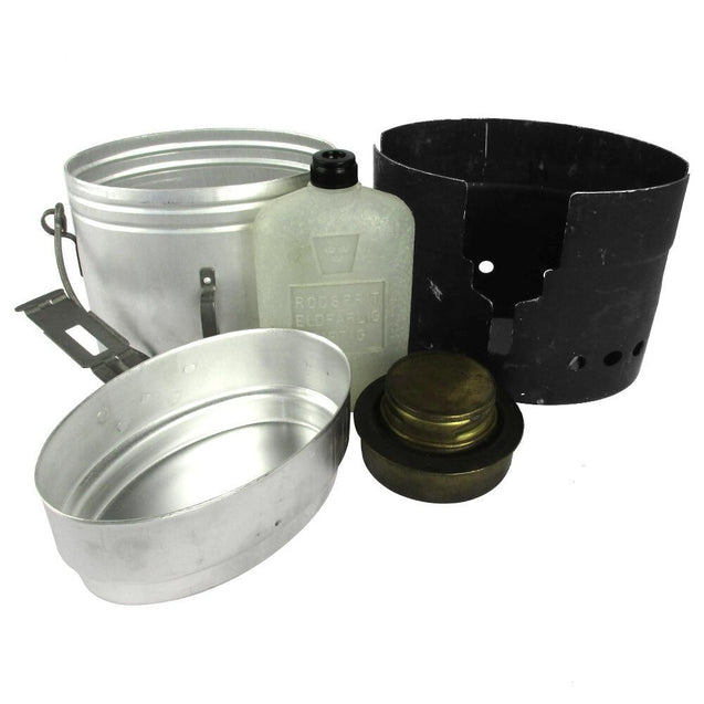 Swedish Army Cooker with Mess Kit