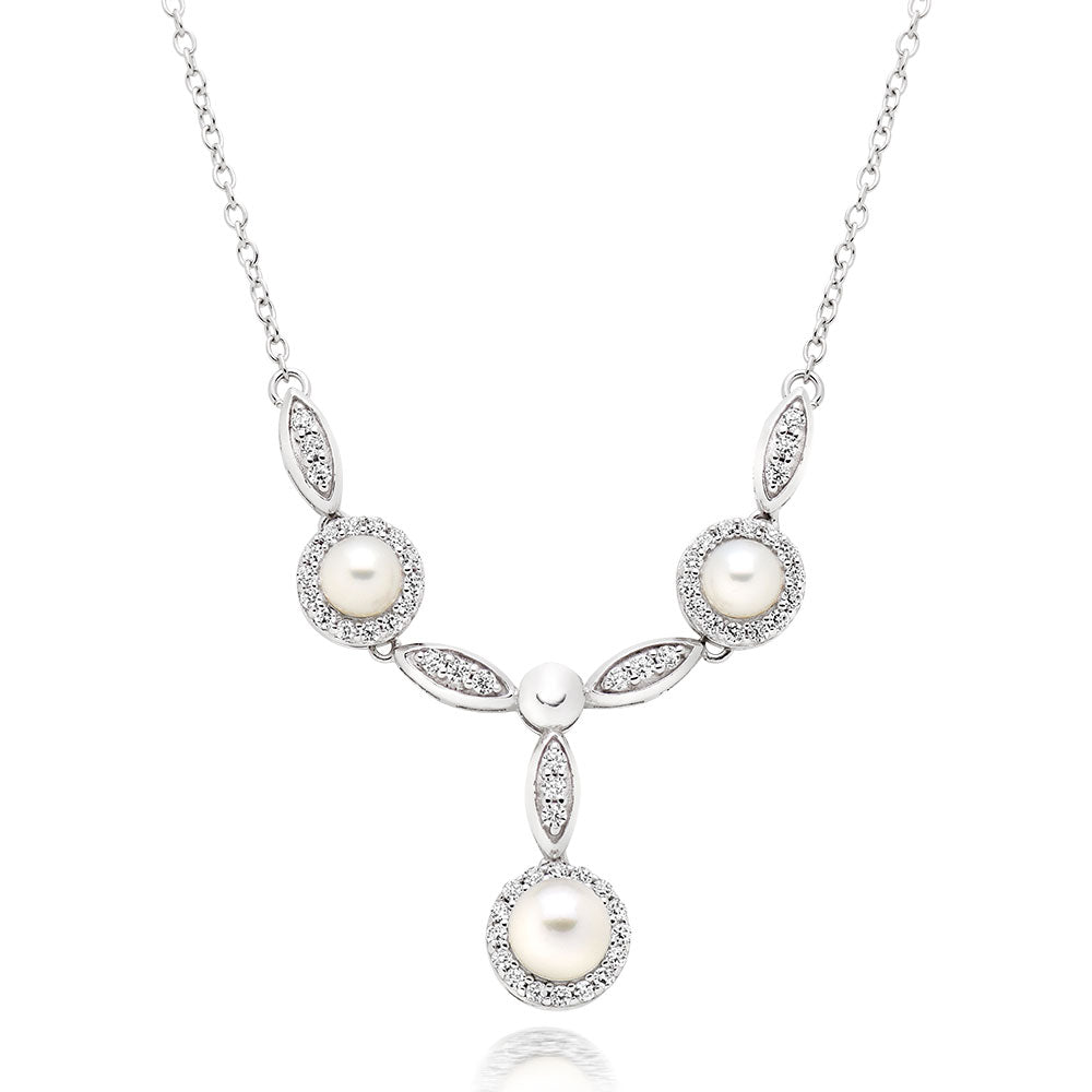 Beaverbrooks Freshwater Pearl Necklet - New in Box