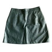 Zara Green Short Skirt - Size -  Large - Preloved