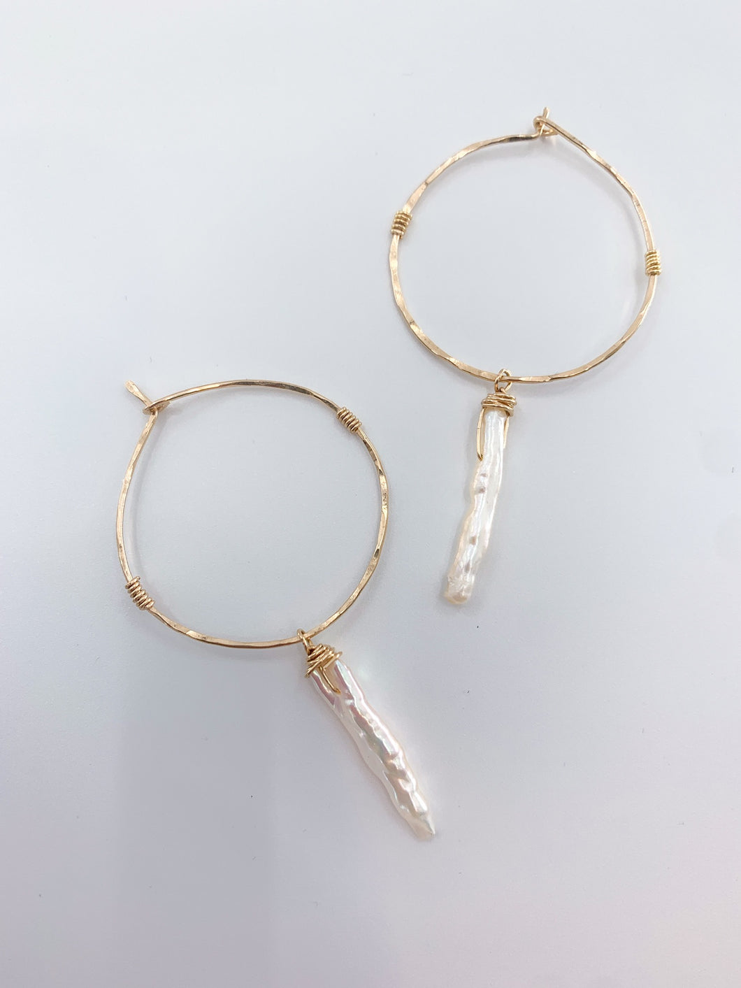Hammered Pearl Point Hoop Earring