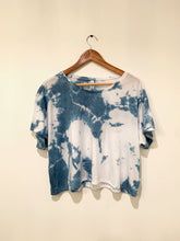 Load image into Gallery viewer, Shibori Indigo Dyed Flowy Boxy Tee