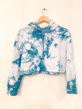 Load image into Gallery viewer, Shibori Indigo Dyed Crop Hoodie