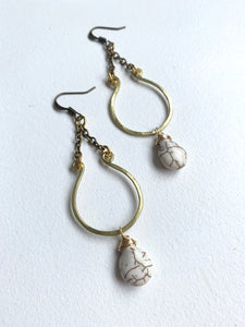 Hammered Horseshoe Stone Earring