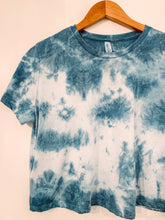 Load image into Gallery viewer, Shibori Indigo Dyed Flowy Crop Tee