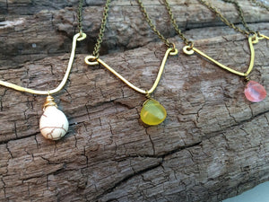 Hammered V Necklace with Gemstone