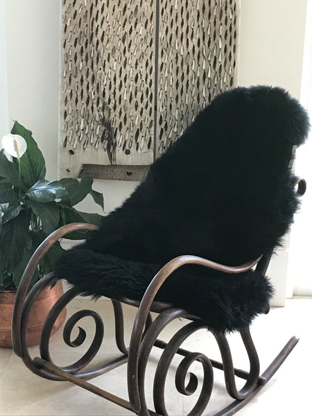 Hides of Excellence | Black Merino Sheepskin