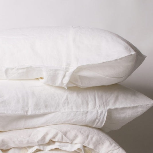 Standard Luxe Linen Pillowcase Set of 2 in White