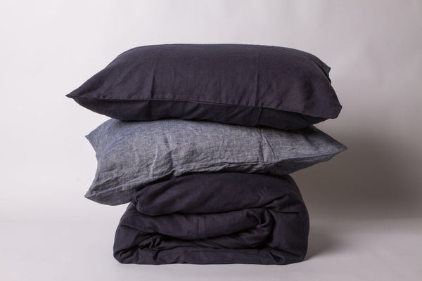 Two Tone Linen Queen Size Duvet Set in Ink + Navy