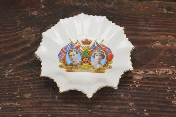Bone China King George VI Coronation Commemorative Dish by Aynsley, England, 1937