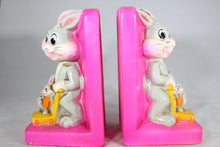 Load image into Gallery viewer, Warner Bros. Bugs Bunny Plaster Bookends by Holiday Fair, 1970