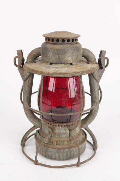 Dietz Vesta New York Central Service N.Y.C.S. Antique Railroad Lantern with CNX Red Globe