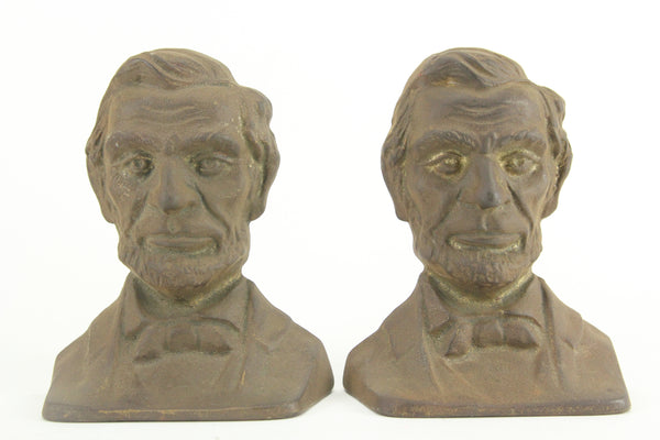 Front Facing President Abraham Lincoln Cast Iron Bookends, Pair, Copyright 1930