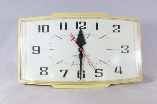 General Electric Model 2153 Electric Kitchen Wall Clock