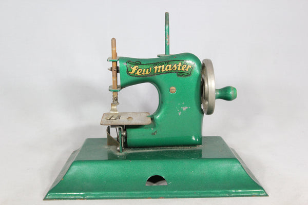 KAYanEE Sew Master Toy Sewing Machine in Green