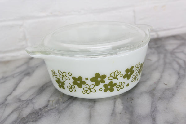 Pyrex 472 Green Daisy Pattern Casserole Dish with Lid 470-C