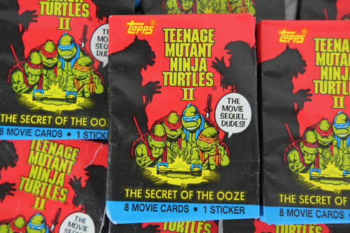 Topps Teenage Mutant Ninja Turtles II Movie Photo Cards Collectible Trading Cards, One Wax Pack, 1991 (Free Shipping)