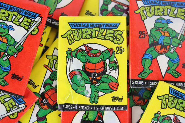 Topps Teenage Mutant Ninja Turtles Collectible Trading Cards, One Wax Pack, 1989