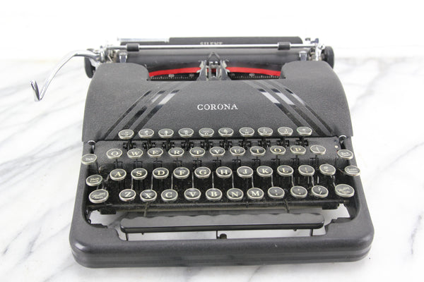 Smith Corona Silent Portable Typewriter with Case, Made in USA, 1939