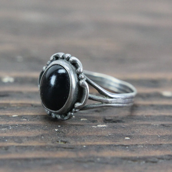 Sterling Silver Ring with Black Stone - Size 8