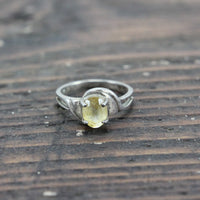 Sterling Silver Ring with Yellow Translucent Stone - Size 6.25
