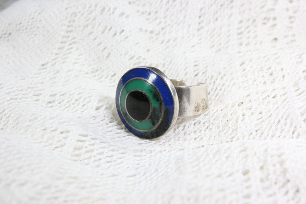 Israel Sterling Silver Ring with Blue Green and Black Target Design, Size 9.5