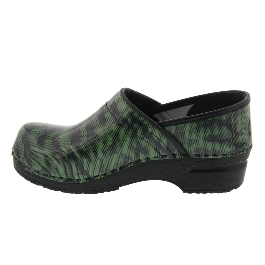 BJORK BJORK PROFESSIONAL Camo Patent Leather Clogs