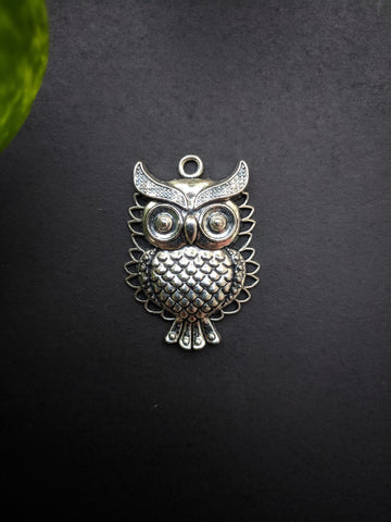 Big Owl Metal Charm (Pack of 1)