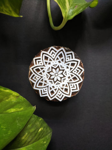 Traditional Floral Circular Wooden Block