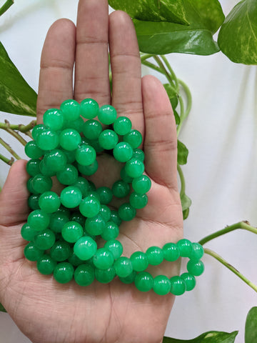 Green 10mm Glass Beads (90 beads)