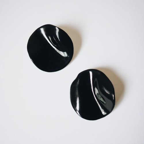 BLACK CAMELIA Earrings
