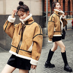 Fur-Integrated Women's Large Particle Lamb Fur Short Coat