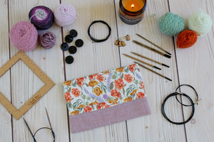 Interchangeable Knitting Needle Case 9-Tip | Ranunculus Floral