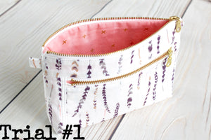 ODDBALL Devon Pouch White with Metalic Feathers and Pink Lining