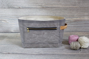 Dove Grey Waxed Canvas Niffin Bag