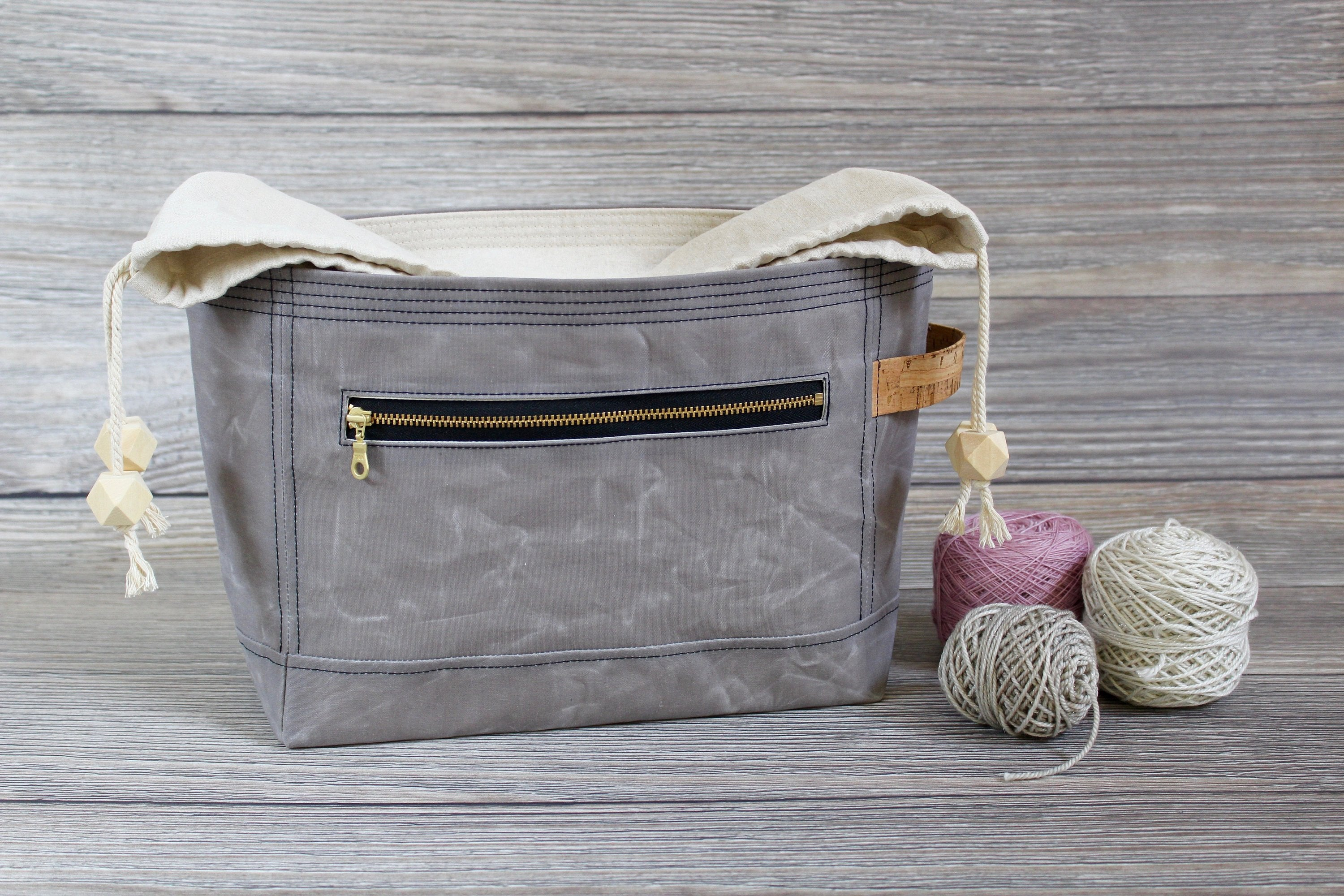 *PRE-ORDER* Dove Grey Waxed Canvas Niffin Bag